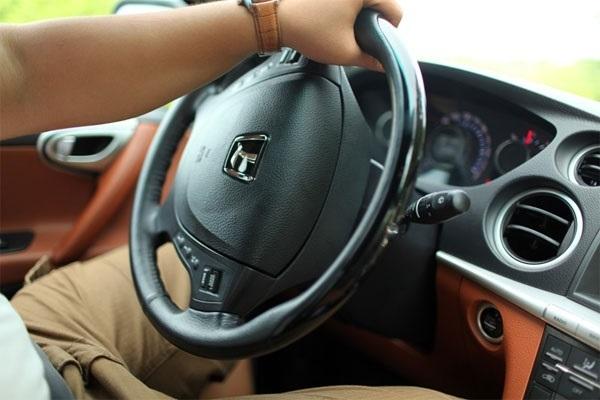 10 thói quen tai hại làm ô tô của bạn nhanh hỏng