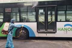 Hà Nội giãn cách, khử khuẩn trên phương tiện vận tải khách công cộng