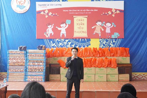 Hyundai Lê Văn Lương mang 'Tết ấm' đến Trung tâm công tác xã hội Hoà Bình