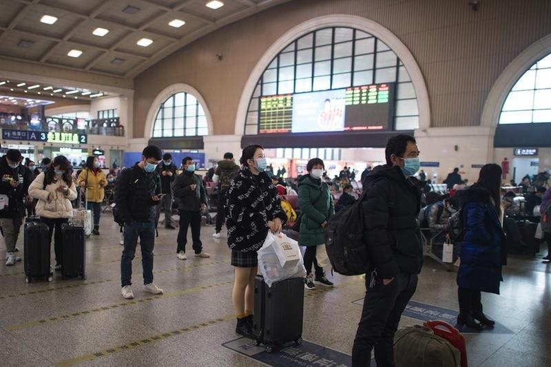 Trung Quốc bắt đầu mùa di cư dịp Tết Nguyên đán, các nhà ga vắng vẻ lạ thường
