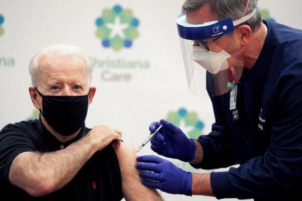 Số ca nhiễm Covid-19 theo ngày ở Mỹ giảm kỷ lục thumbnail