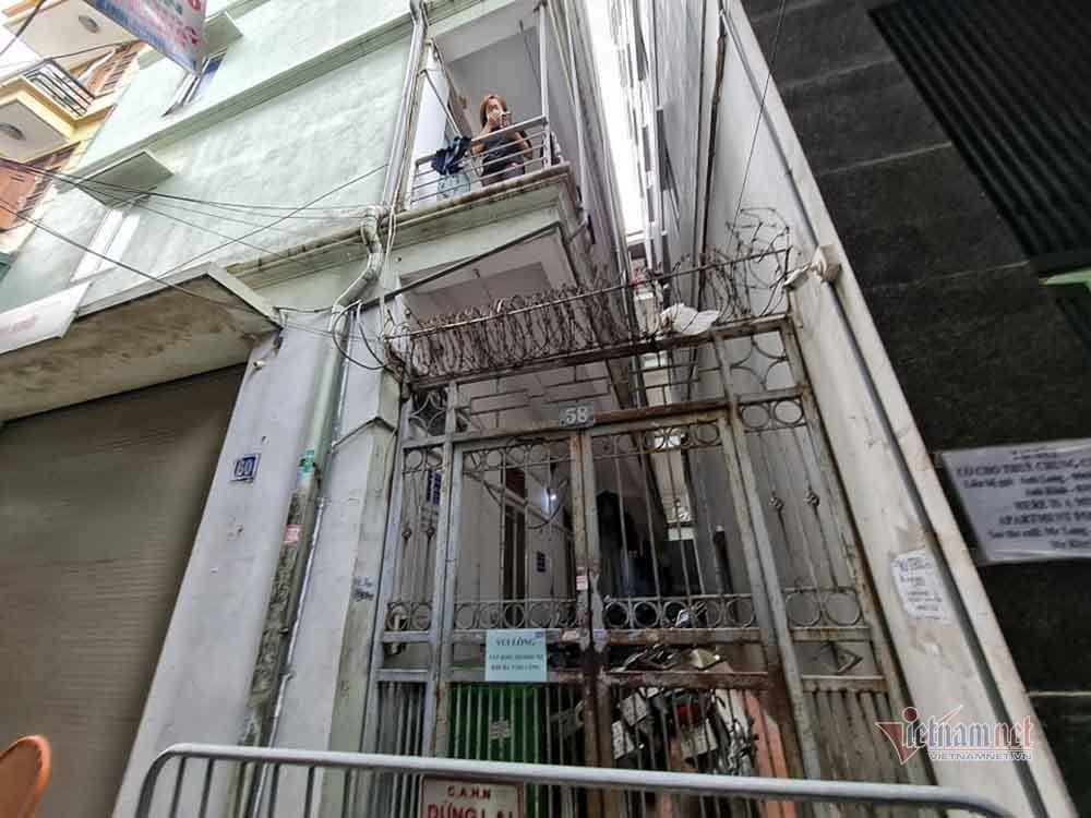 Hà Nội cách ly tòa nhà 25 phòng trọ ở phố Nguyễn Khánh Toàn