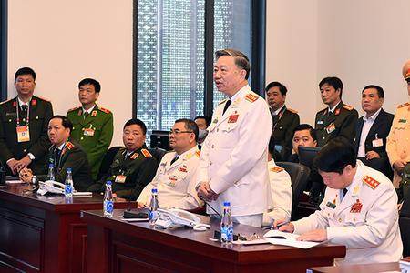 Bộ trưởng Tô Lâm: Tuân thủ yêu cầu chống dịch, không để Covid-19 ảnh hưởng Đại hội