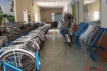 Chủ khách sạn đi khắp nước xin xe đạp cũ làm điều khiến ai nấy cảm động