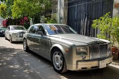 Dàn xe siêu sang trong đám cưới Phan Thành và Primmy Trương