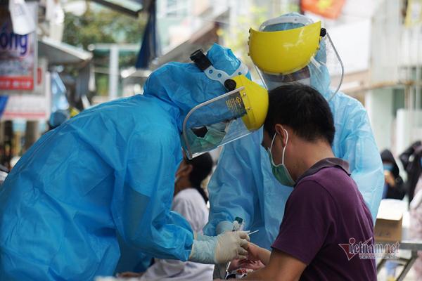 Thêm 3 ca dương tính nCoV ở Đà Nẵng, có bé gái 1 tuổi