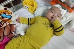 Bé 5 tháng tuổi bị hội chứng hiểm nghèo 1 triệu người mới có 1 người mắc