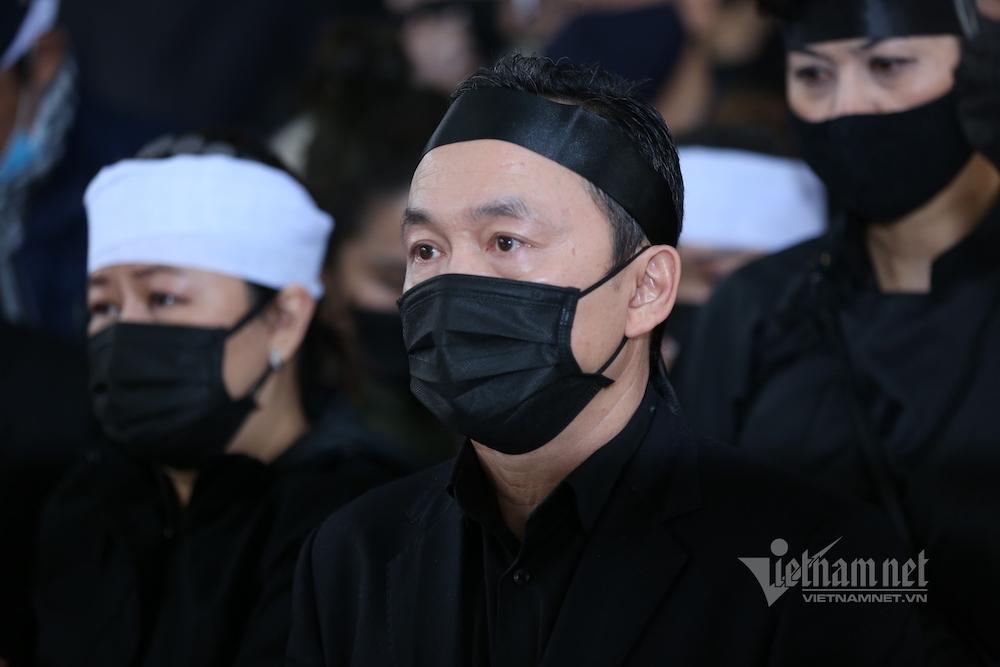 Nhạc sĩ Quốc Trung nghẹn ngào nói lời từ biệt bố - NSND Trung Kiên