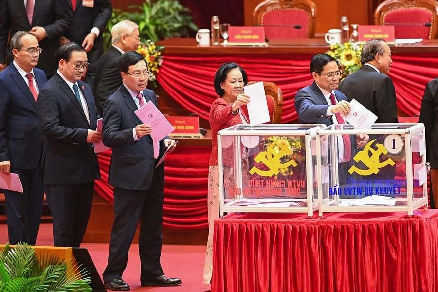 Bầu Tổng Bí thư, Bộ Chính trị, Ban Bí thư