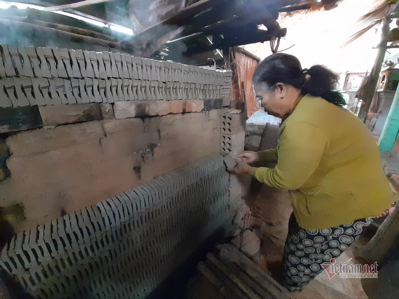 Ngôi làng tạo tác '2 ông 1 bà' đặc biệt ở xứ Huế