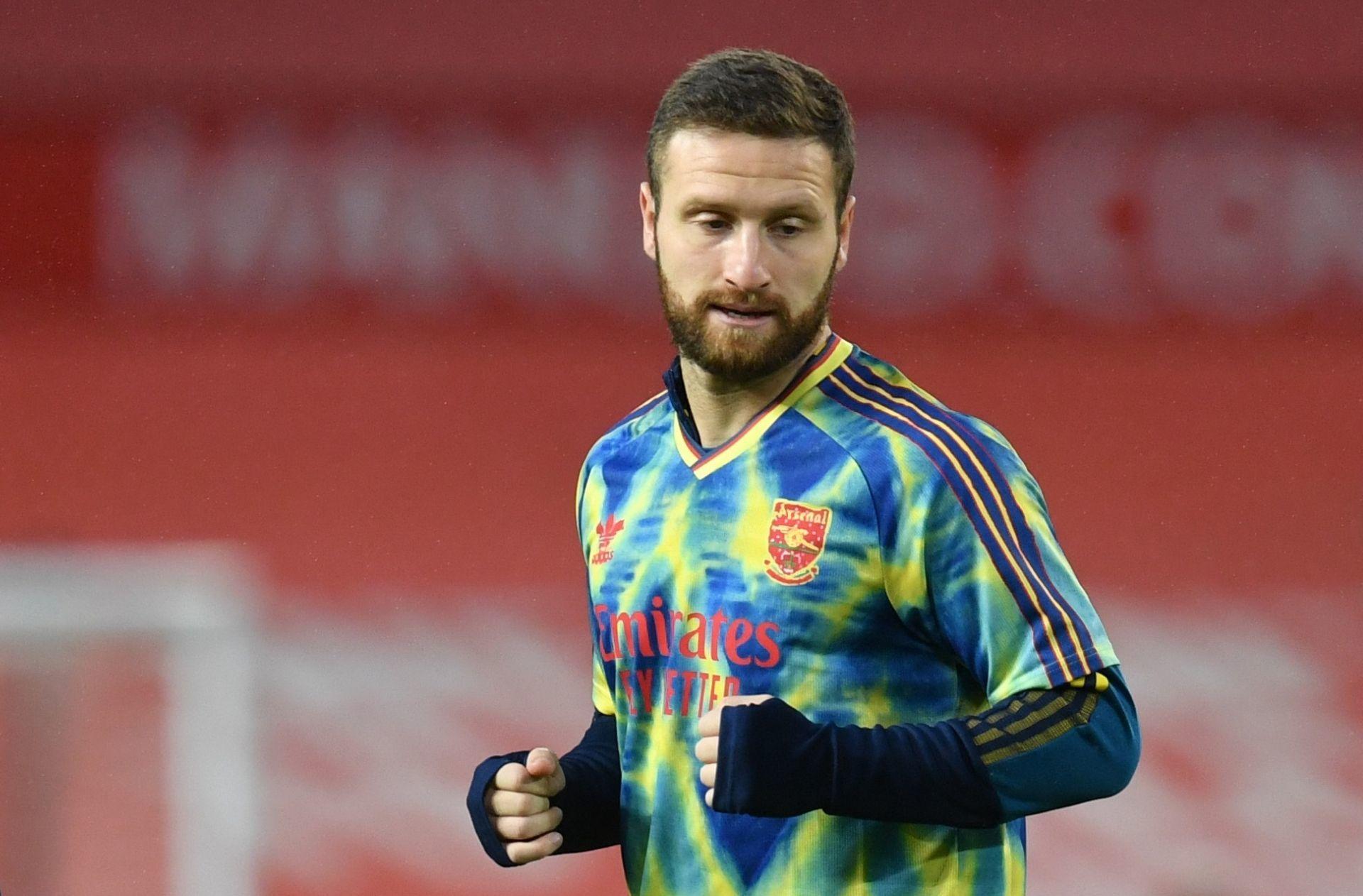 MU chọn Grealish, Liverpool ký Mustafi