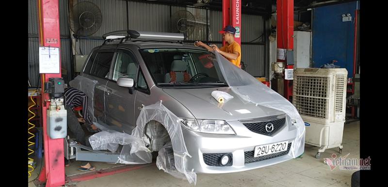 Có nên phủ gầm ô tô chống mùa nồm ẩm miền Bắc?