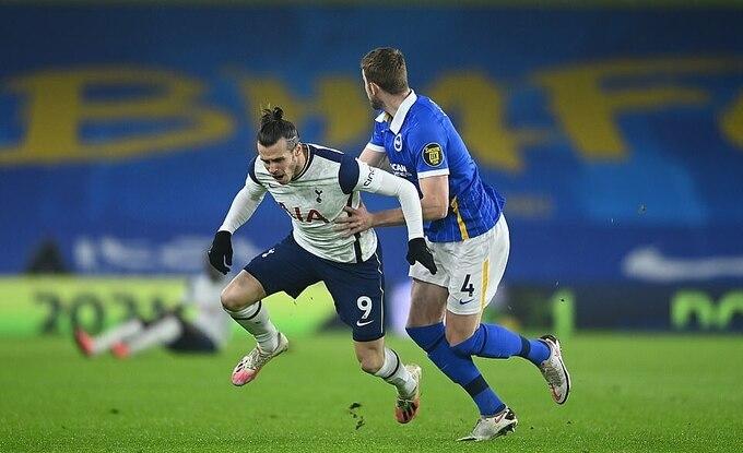 Gareth Bale 'mất tích', Tottenham thua trận thứ hai liên tiếp