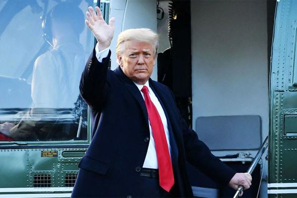 Ông Trump chọn trưởng nhóm biện hộ mới tại phiên tòa luận tội