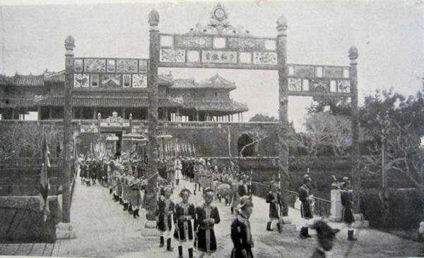 Temple of Literaturedisplays photos of Tetduring Nguyen Dynasty