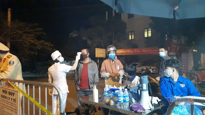 Phát hiện thêm 2 ca nhiễm Covid-19, Mê Linh phong tỏa một thôn