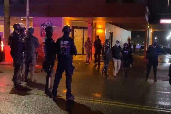 Mỹ bắt giữ nhiều kẻ quá khích gây bạo loạn