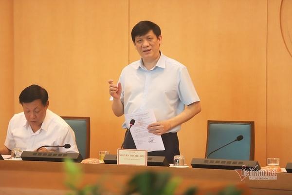 Bộ trưởng Long: 'Chưa xác định được nguồn lây tại ổ dịch sân bay Tân Sơn Nhất'