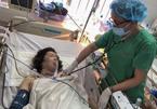 Người phụ nữ ở Cần Thơ cầm dao đâm thủng tim chính mình