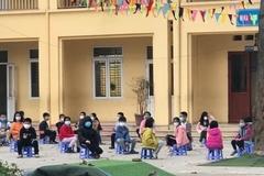 Phụ huynh mắc Covid-19, hơn 100 học sinh tiểu học phải xét nghiệm
