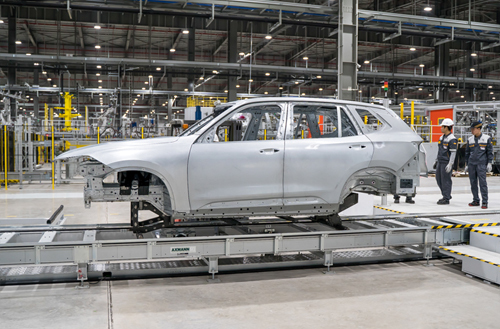 Making cars and smartphones, Vietnam moves to top ASEAN countries