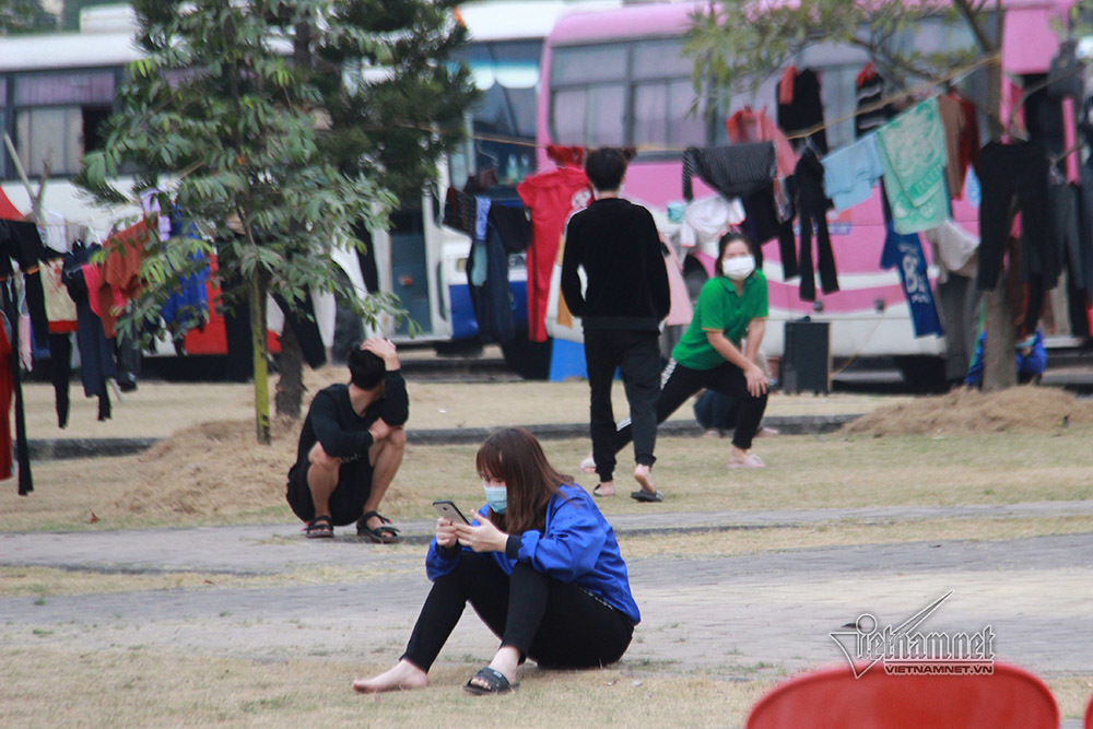Bên trong khu cách ly gần 900 trường hợp F1 ở thành phố Chí Linh