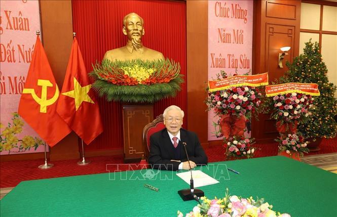 Tổng Bí thư, Chủ tịch nước Nguyễn Phú Trọng điện đàm với Tổng Bí thư, Thủ tướng Lào