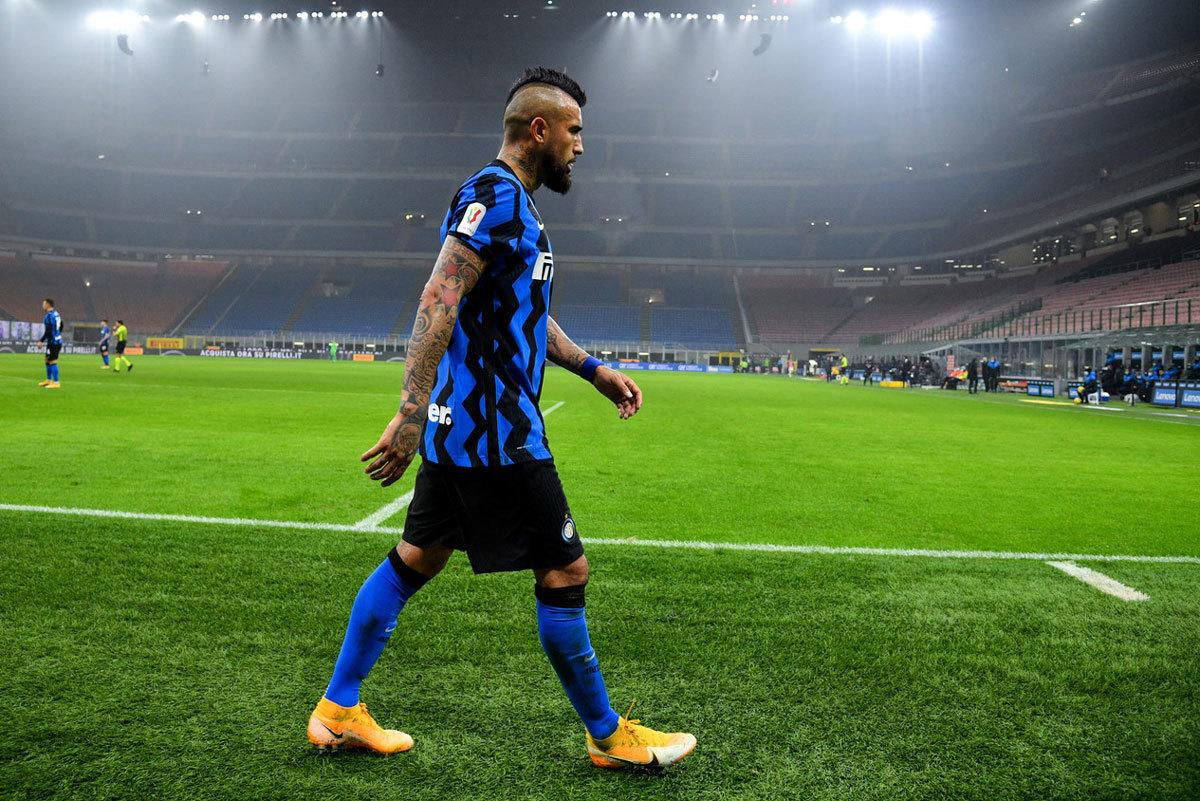 Inter thua ngược Juventus, Vidal bất mãn Conte