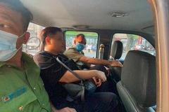 Người đàn ông nói nhảm trong ô tô Mercedes ở Sài Gòn