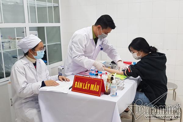 Việt Nam chuẩn bị thử nghiệm giai đoạn 2 vắc xin Nanocovax