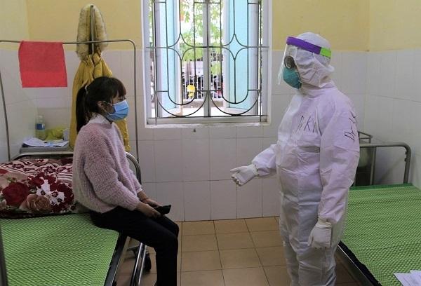Bác sĩ thông tin việc điều trị bệnh nhân Covid-19 nhiễm chủng mới