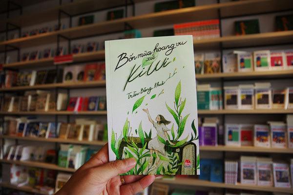 Trải lòng qua trang sách của hai người Việt trẻ xa xứ