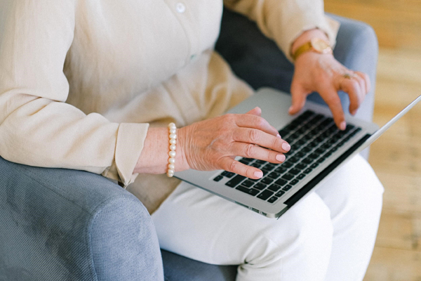 Chiến lược tìm việc làm cho người lớn tuổi