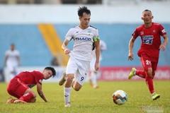 """Văn Toàn - """"Đứa con thần gió"""" của bóng đá Việt Nam"""