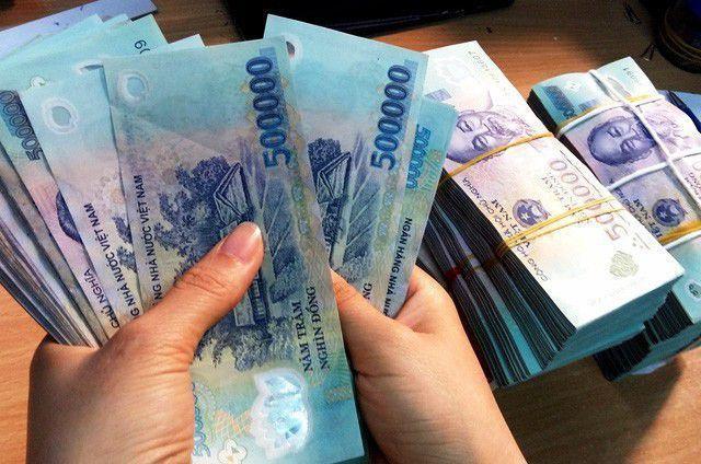 Highest expected Tet bonus over VND1 billion, average wage down