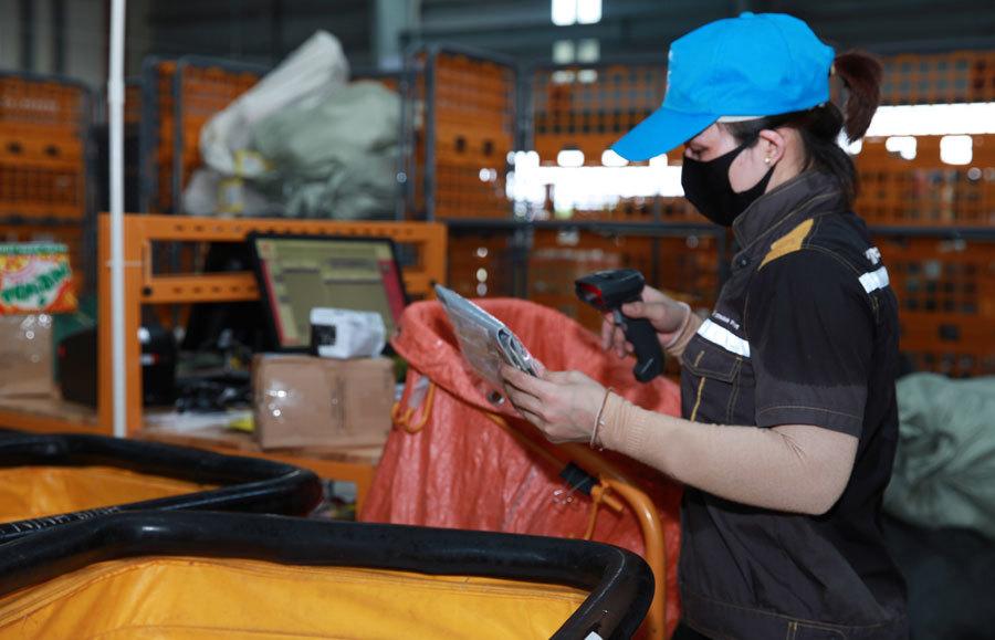 Bắt tay xây dựng chuỗi cung ứng hàng Việt hậu Covid-19