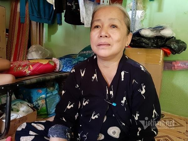 Bà ngoại rửa bát thuê xin giúp cháu suy thận, suy tim vơi đau đớn