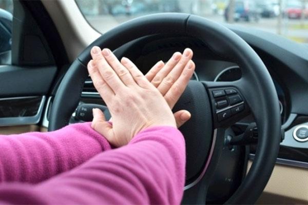 Những thói xấu của tài xế Việt cần thay đổi trong năm mới