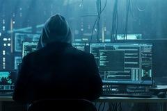 Hacker xâm nhập tài khoản ngân hàng của bạn bằng cách nào?