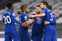 Chelsea hạ Tottenham: Hơi thở mới từ Tuchel
