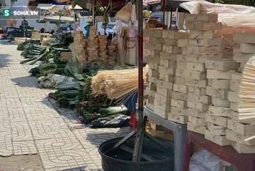 Chợ lá dong đông đúc nhất Sài Gòn chỉ còn vài người bán