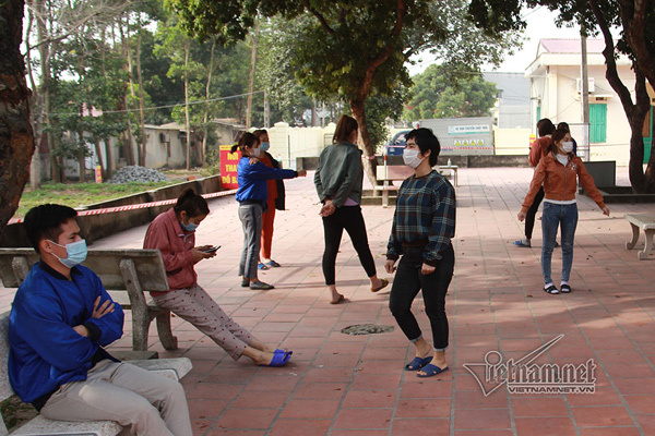 Hình ảnh những bệnh nhân Covid-19 trong khu cách ly ở Chí Linh