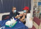 Sinh viên Việt Nam tại Israel được tiêm vắc xin ngừa Covid-19