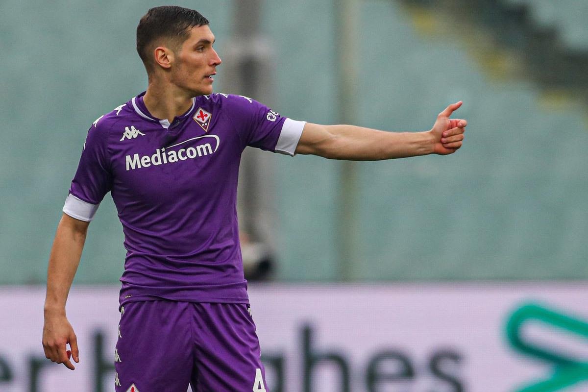 MU lấy Milenkovic, Juventus tranh Varane