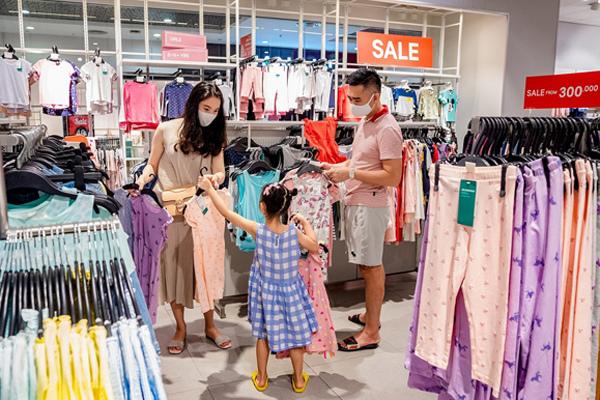 An tâm sắm Tết tại trung tâm thương mại Vincom