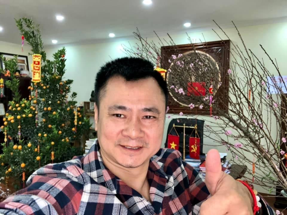 NSƯT Hoài Linh giới thiệu đền thờ Tổ 10.000 m2, làm thơ phòng dịch
