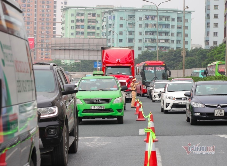 Mẹo giúp tránh tắc đường khi trở lại thành phố sau Tết