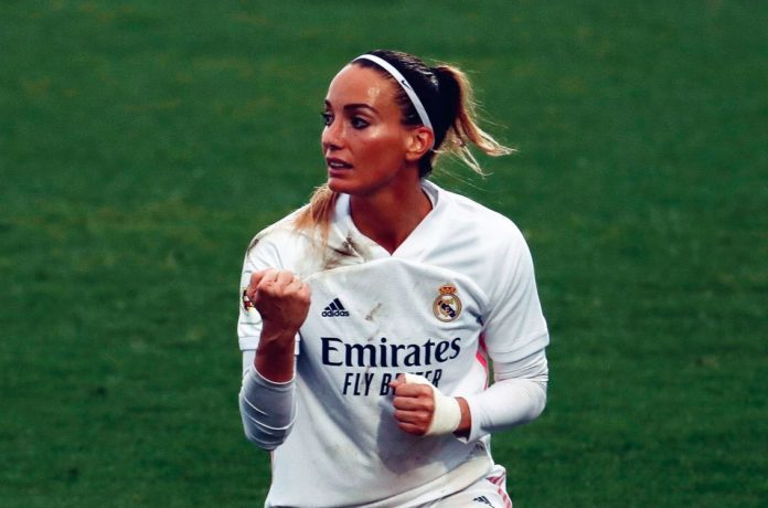 Nữ tuyển thủ Thụy Điển lập hat-trick nhanh kỷ lục