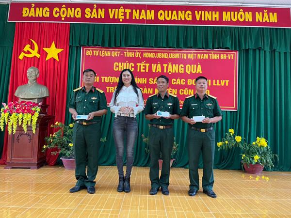 Nữ doanh nhân đạt giải 'Người đẹp nhân ái' của Chim Én 2020