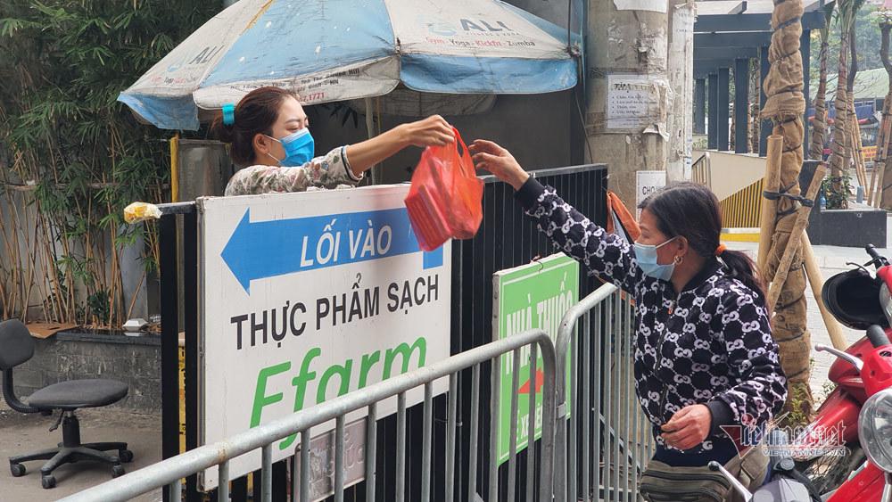 Phong tỏa 2 tòa nhà ở Nam Từ Liêm, cách ly 1.200 dân